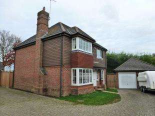 4 Bedrooms Detached House for sale in Kings Chase, Willesborough, Ashford, Kent