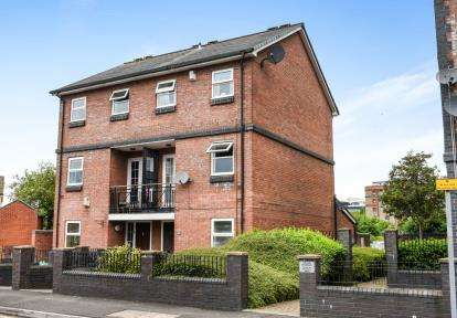 4 Bedrooms Semi Detached House for sale in Celerity Drive, Atlantic Wharf, Cardiff Bay, Cardiff
