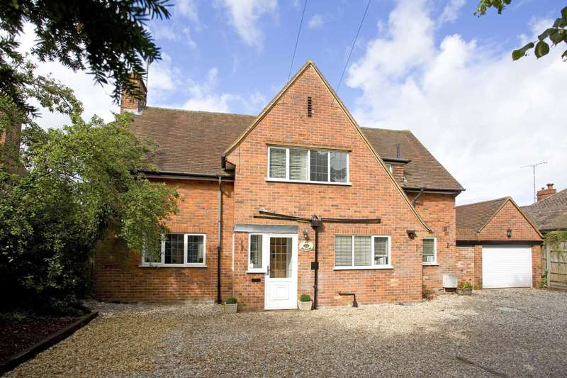 4 Bedrooms Detached House for sale in Woodcote Road, Caversham Heights