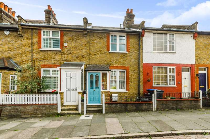 2 Bedrooms House for sale in Southgate, Southgate, N14