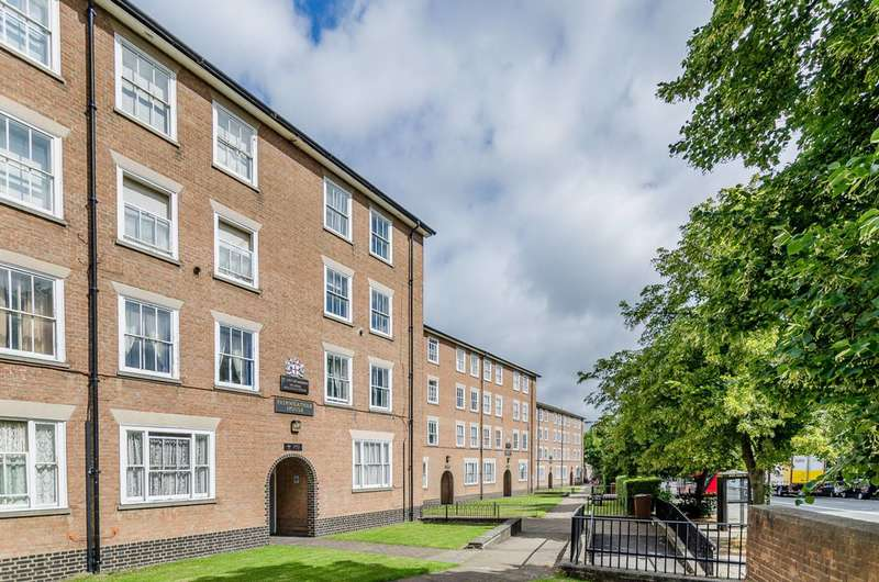 3 Bedrooms Flat for sale in Parkhurst Road, Hillmarton Conservation Area, N7