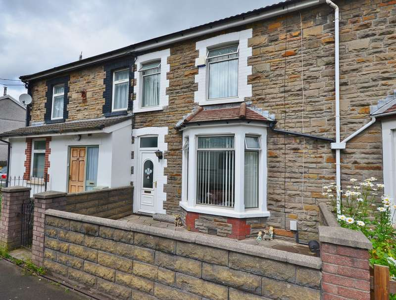 3 Bedrooms Terraced House for sale in Oxford Street, Nantgarw, Cardiff, CF15