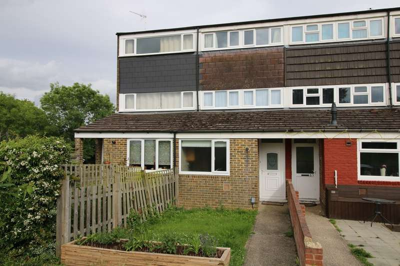 4 Bedrooms Terraced House for sale in Campsie Close, Basingstoke, RG22