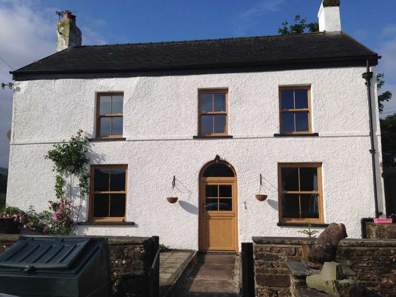 4 Bedrooms Detached House for sale in Trecastle, Brecon, Powys, LD3