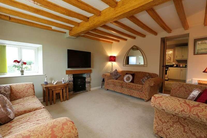 5 Bedrooms Farm House Character Property for sale in Lon Bryn Gosol, Off Arfryn, LLanrhos, Conwy, North Wales, LL30