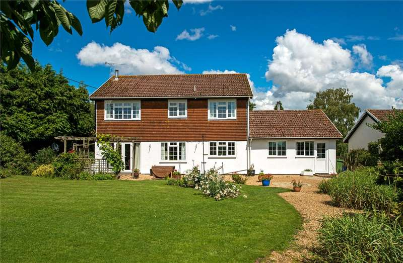 4 Bedrooms Detached House for sale in East Woodyates, Nr Sixpenny Handley, Salisbury, SP5