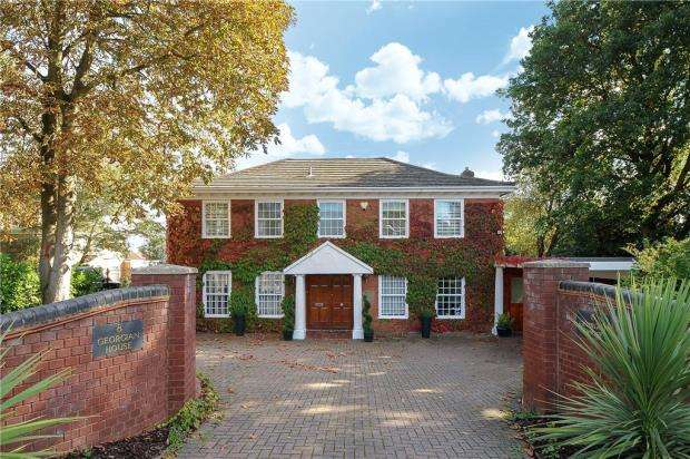 5 Bedrooms Detached House for sale in Illingworth, Windsor, Berkshire