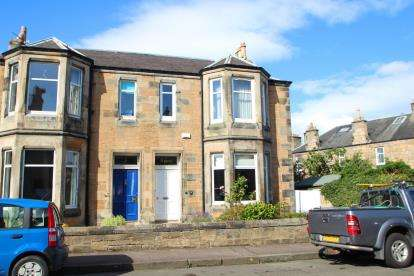 4 Bedrooms Semi Detached House for sale in David Street, Kirkcaldy