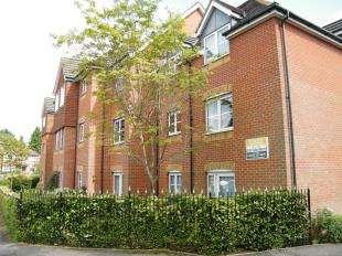 1 Bedroom Retirement Property for sale in Hillcroft Court, Chaldon Road, Caterham, Surrey