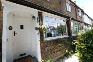 2 Bedrooms Terraced House for sale in Stafford Road, Sidcup, Kent, .