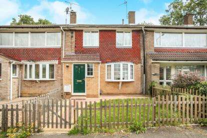 3 Bedrooms Terraced House for sale in Swasedale Walk, Luton, Bedfordshire, Limbury Mead
