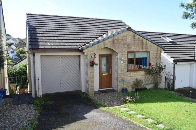 3 Bedrooms Detached House for sale in Gwealwartha, HELSTON
