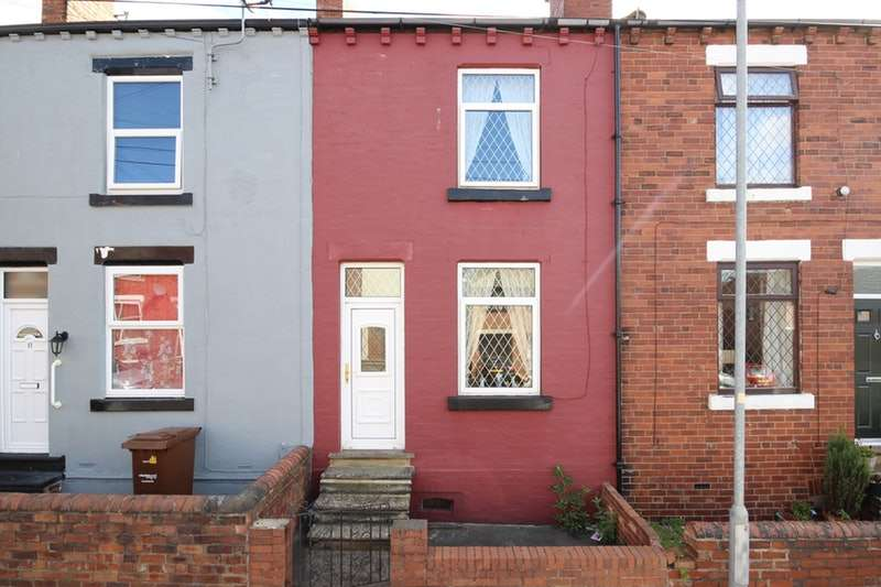 2 Bedrooms Terraced House for sale in Marshall Street, Stanley, Wakefield, West Yorkshire, WF3