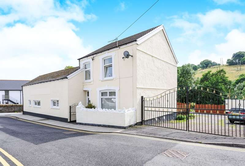 5 Bedrooms Detached House for sale in Commercial Street, Bedlinog, Treharris