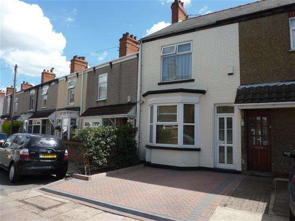 2 Bedrooms Terraced House for sale in ROWSTON STREET, CLEETHORPES
