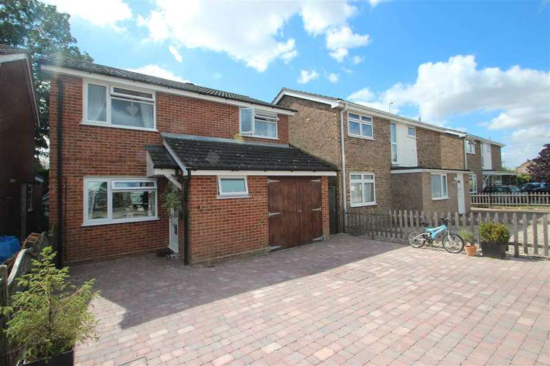 4 Bedrooms Detached House for sale in Keable Road, Marks Tey, Colchester