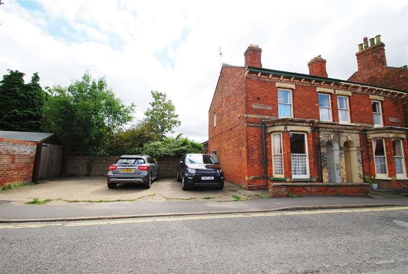 4 Bedrooms Semi Detached House for sale in St John Street, Wainfleet All Saints, Skegness