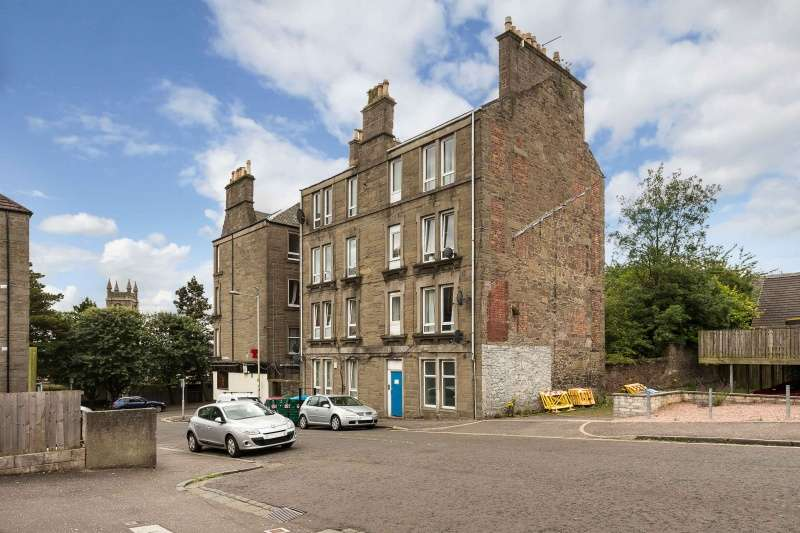 2 Bedrooms Flat for sale in Erskine Street, Dundee, DD4 6RQ