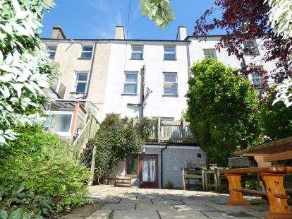6 Bedrooms Terraced House for sale in Ogwen Terrace, High Street, Bethesda, Bangor, LL57