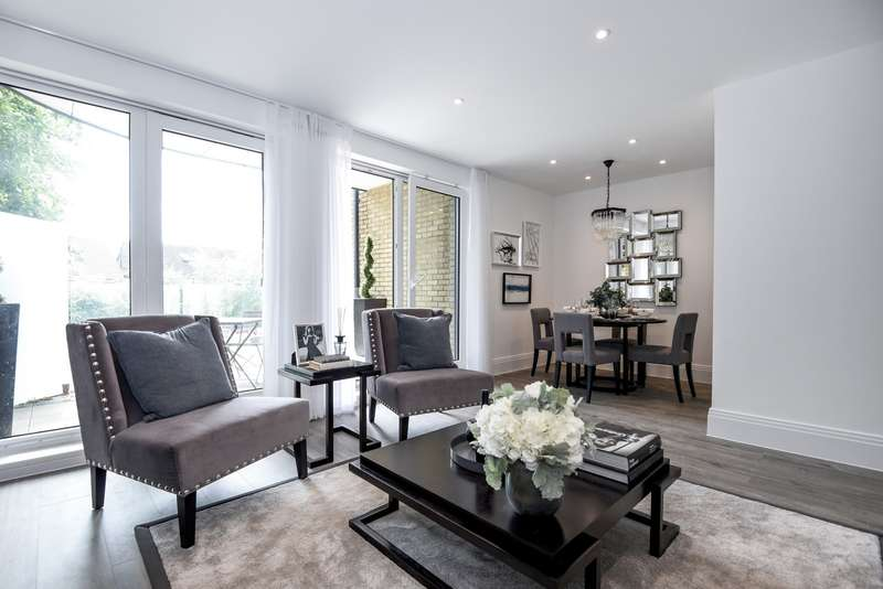 3 Bedrooms Penthouse Flat for sale in Middleton Court, Wimbledon, SW20