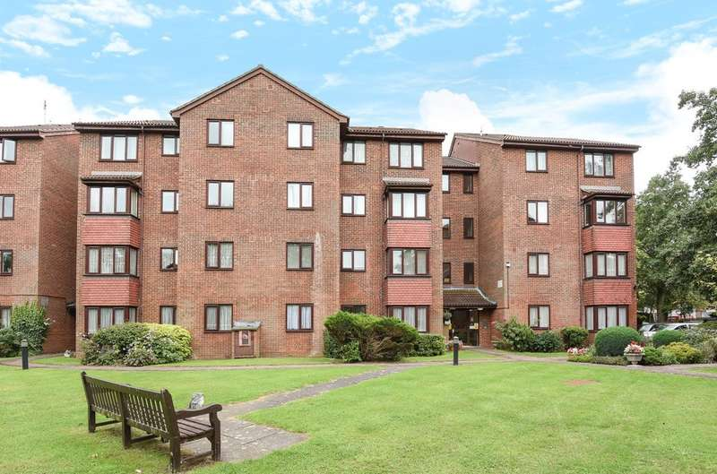 1 Bedroom Flat for sale in Macmillan Court , Rayners Lane, Harrow