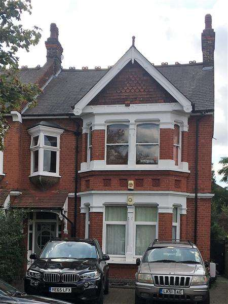 5 Bedrooms Semi Detached House for sale in Creffield Road, London