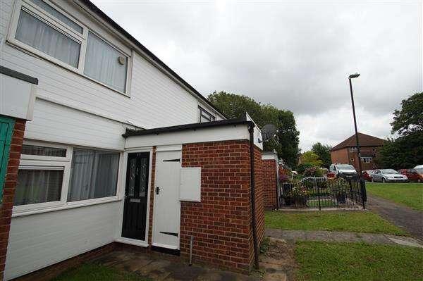 1 Bedroom Maisonette Flat for sale in Burgett Road, Cippenham, Slough