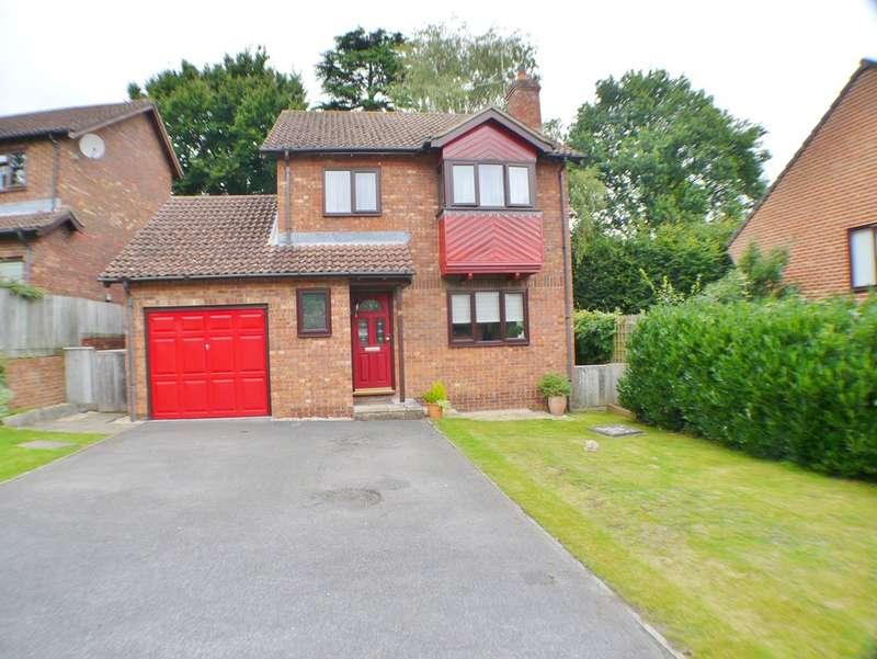 4 Bedrooms Detached House for sale in Alderbury