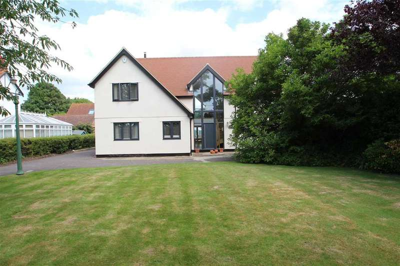 4 Bedrooms Detached House for sale in Molen, Bucklesham Road, Foxhall, Ipswich