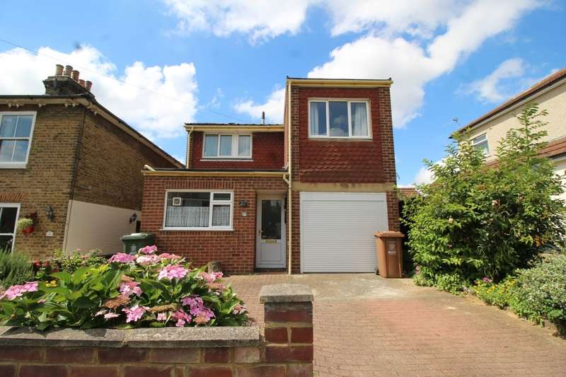 3 Bedrooms Detached House for sale in Lewin Road, Bexleyheath, DA6