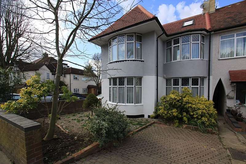 2 Bedrooms Maisonette Flat for sale in 29 Ashbourne Avenue, London, London, NW11