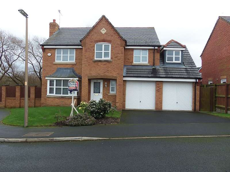4 Bedrooms Detached House for sale in Swift Close, Blackpool, Lancashire, FY3 9PE