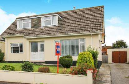 4 Bedrooms Bungalow for sale in Sticker, St. Austell, Cornwall