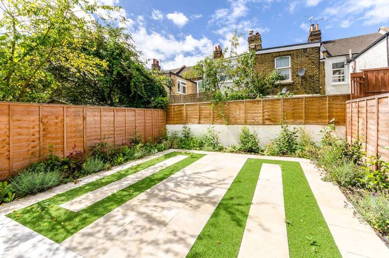4 Bedrooms House for sale in St Margarets Road, Kensal Green, NW10
