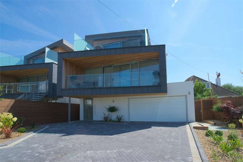 4 Bedrooms Detached House for sale in 1 Salterns Way, Lilliput, BH14