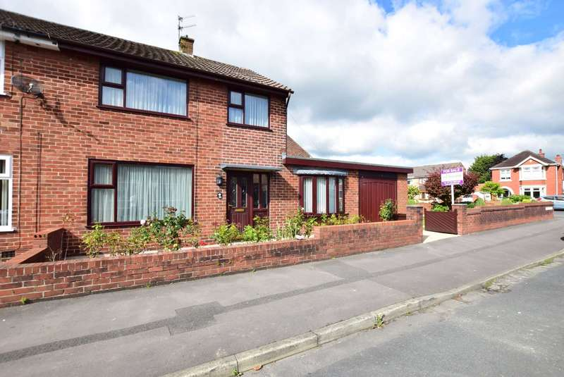 4 Bedrooms Semi Detached House for sale in Mayfield Avenue, Kirkham