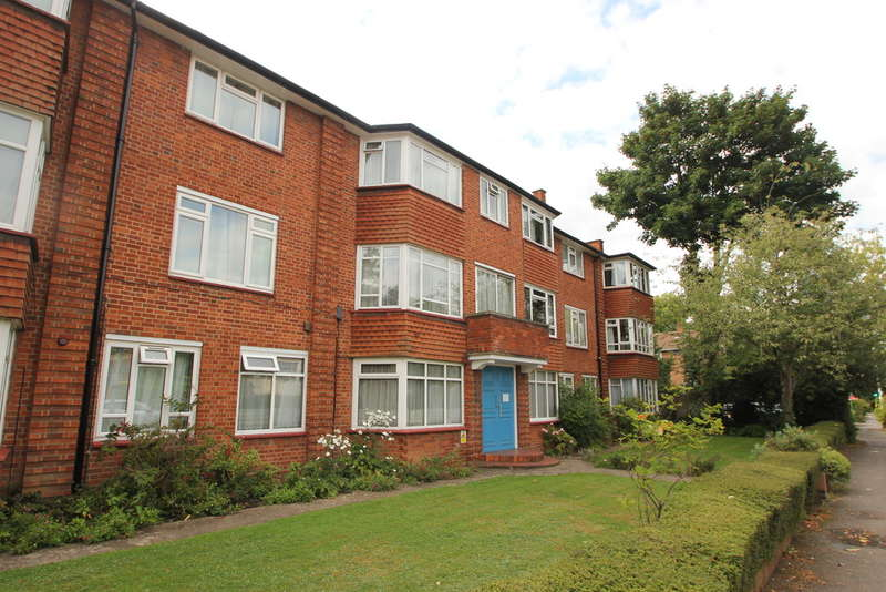 3 Bedrooms Maisonette Flat for sale in Surbiton