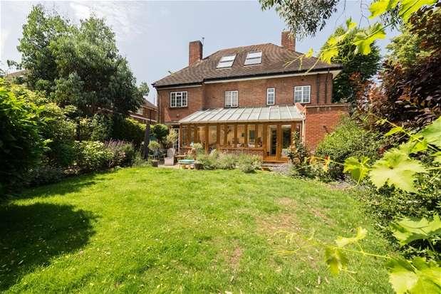 4 Bedrooms Detached House for sale in Lawrie Park Avenue, Sydenham