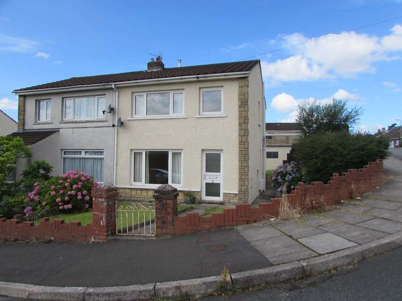 3 Bedrooms Semi Detached House for sale in Caer Berllan , Pencoed, Bridgend. CF35 6RR