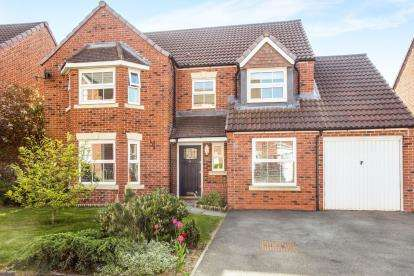 4 Bedrooms Detached House for sale in Quins Croft, Leyland, Lancashire