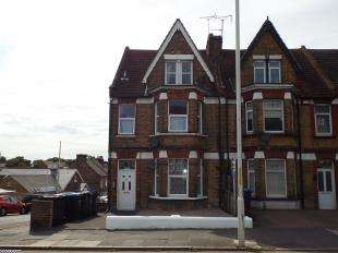 2 Bedrooms Flat for sale in Ramsgate Road, Margate, Kent