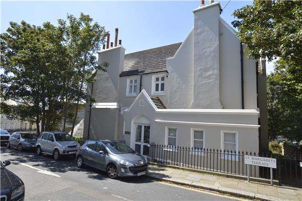4 Bedrooms Maisonette Flat for sale in Old Rectory, St Margarets Terrace, St Leonards, TN37 6EW