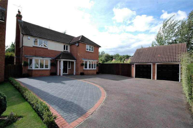 4 Bedrooms Detached House for sale in Karles Close, Newton Aycliffe, County Durham, DL5