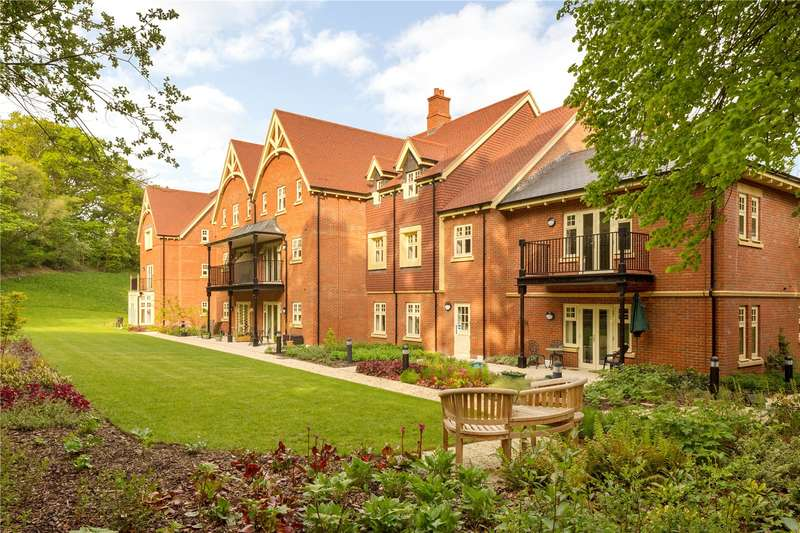 2 Bedrooms Flat for sale in Saxby Road, Coppice Hill, Bishops Waltham, Hampshire, SO32