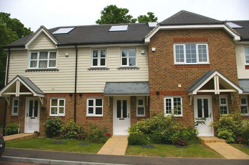 2 Bedrooms Terraced House for sale in MAIDSTONE