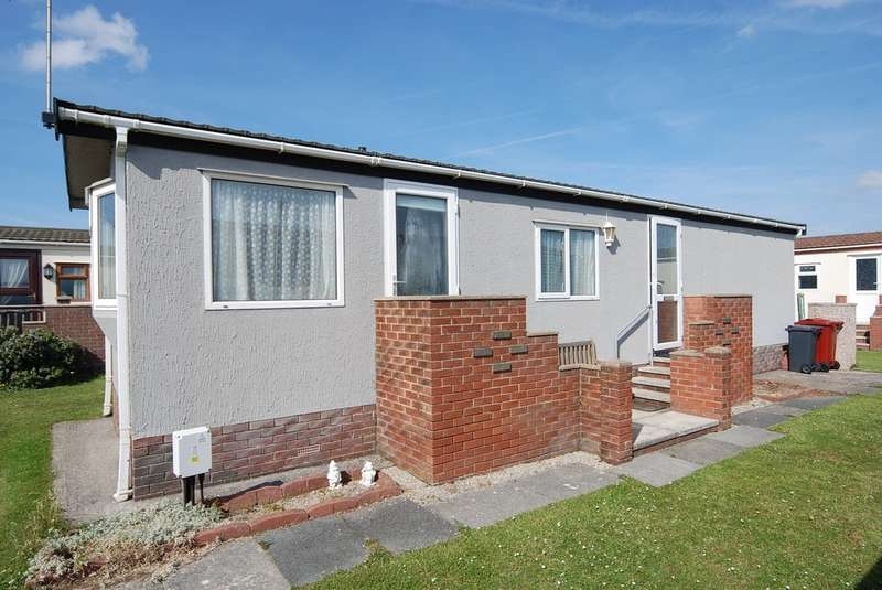 2 Bedrooms Mobile Home for sale in West Shore Park, Walney, Cumbria, LA14 3YR