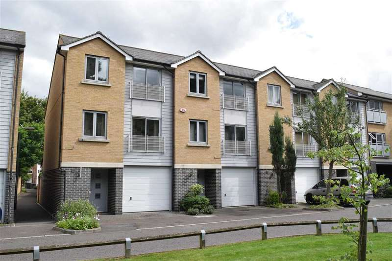 3 Bedrooms House for sale in Falcons Mead, Chelmsford