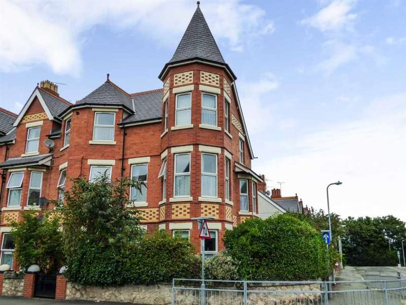 7 Bedrooms End Of Terrace House for sale in Greenfield Road, Colwyn Bay