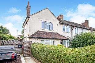 2 Bedrooms Maisonette Flat for sale in Miller Road, Croydon