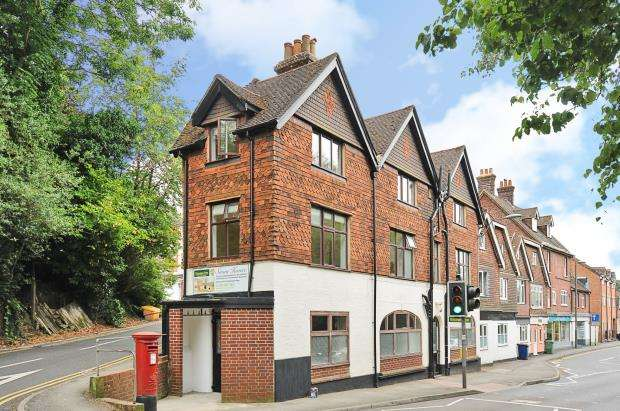 Flat for sale in 1 Kings Road, Haslemere, Surrey